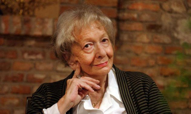 Poesie da dedicare agli sposi: Wislawa Szymborska, Erri De Luca e Khalil Gibran - VIvaMag