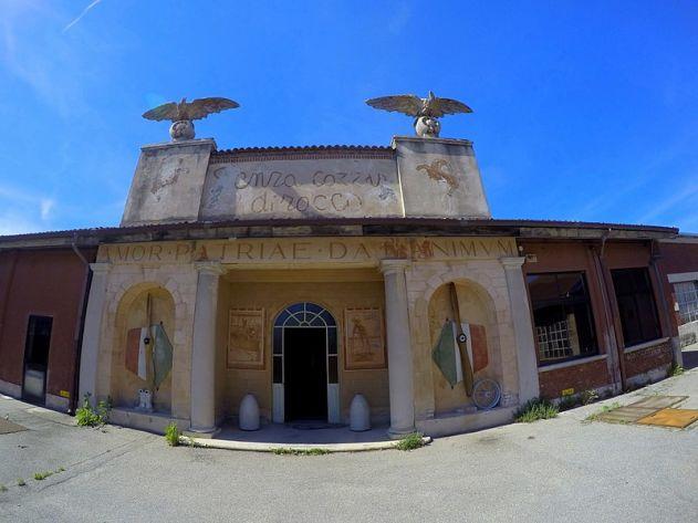 800px-Somma_Lombardo_-_Volandia_Parco_e_Museo_del_Volo_Malpensa_-_panoramio_(3)
