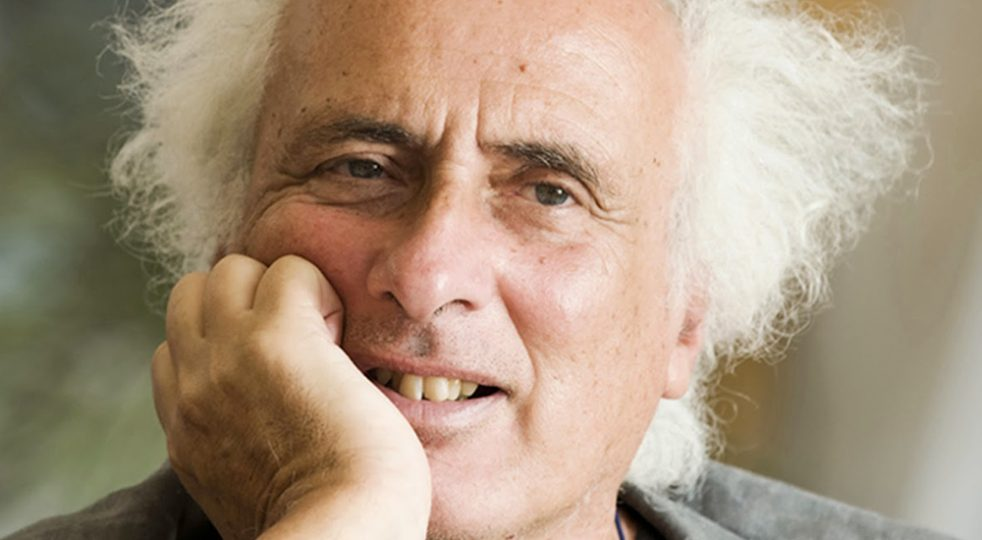 Poesie d'amore ironiche di Stefano Benni - VivaMag